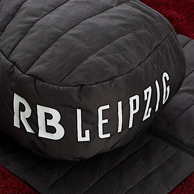 RBL Strive Hybrid Jacket (RBL20002): RB Leipzig rbl-strive-hybrid-jacket (image/jpeg)